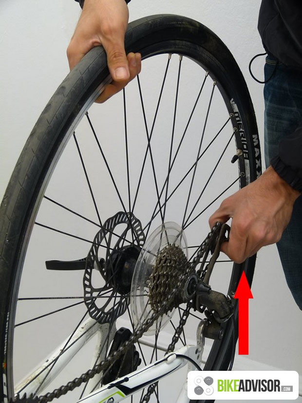 how_to_remove_back_wheel_from_bike_5